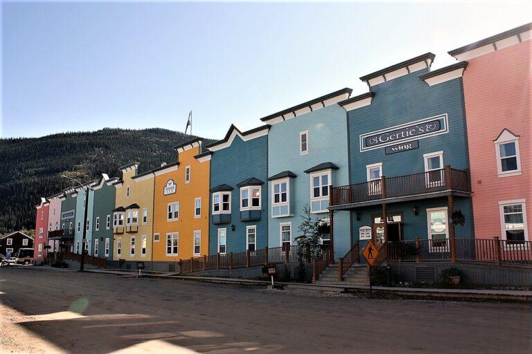 How to get a job & PR in Canada through Yukon Community Pilot